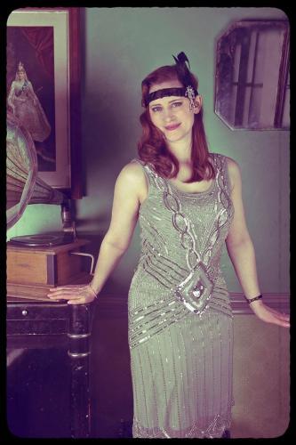 1920s hen party gramophone